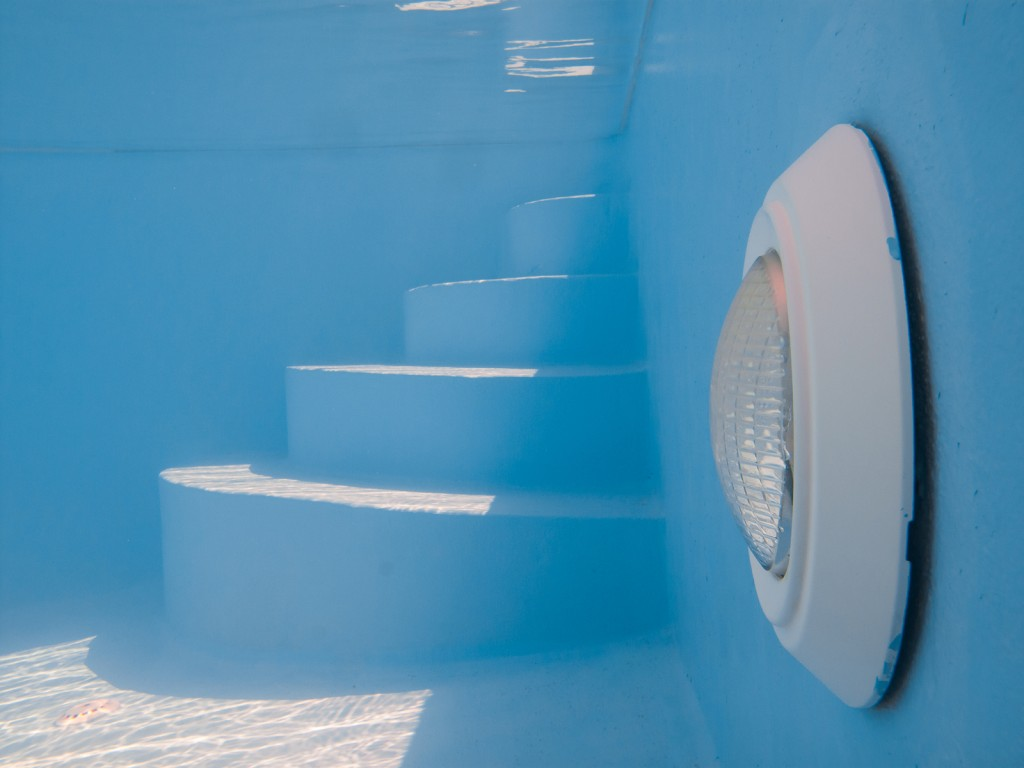 Swimming pool light and steps underwtare